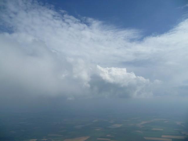 Soaring sur un nuage.jpg