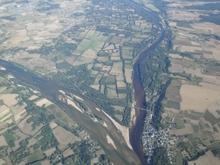Confluence Vienne Loire km 182.jpg