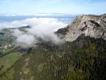Le mont césar et son petit nuage sympathique